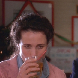 andie-macdowell-sweet-vermouth