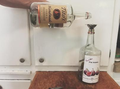 fig vodka pouring vodka